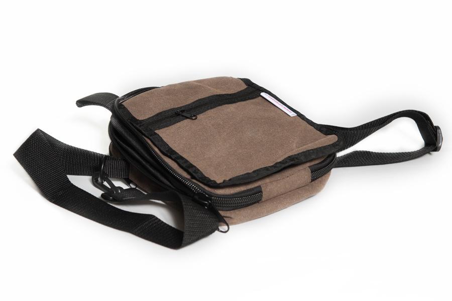 Купить модные и элегантные сумки.  В ЗАПАСЕ.  Фирменные сумки Adidas...